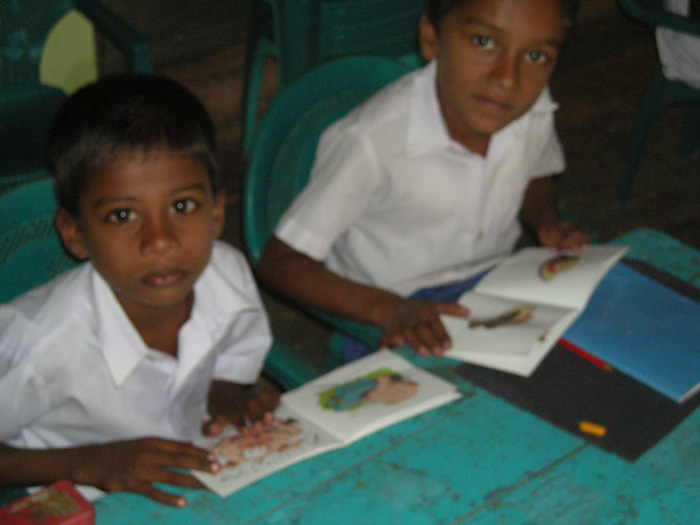 Helping illiterate adults learn to read